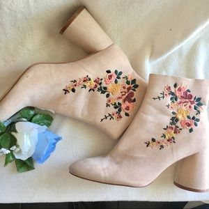 Zara Traffic 41 ankle boots floral embroidered